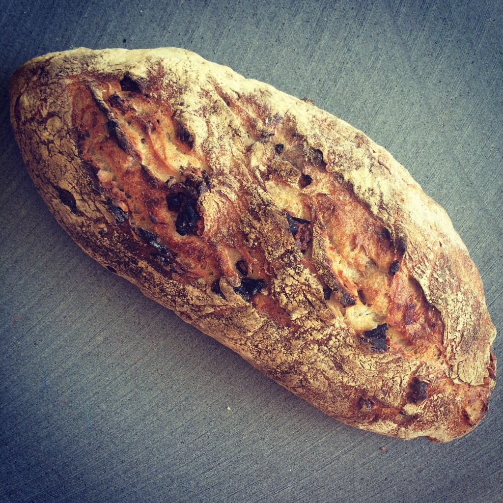 walnut country levain bread